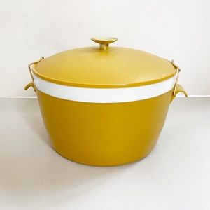 Vintage Sunfrost Therm-o-ware Serving bowl Yellow